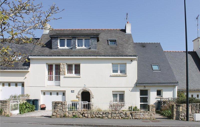 Amazing home in Lanester with 1 Bedrooms (FBM209), alquiler de vacaciones en Queven