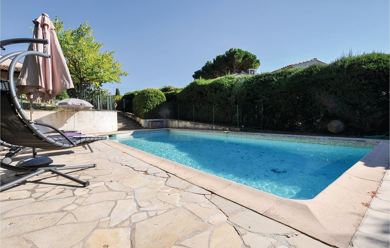 Amazing home in Mougins with Outdoor swimming pool and 3 Bedrooms (FCA194), casa vacanza a Mougins
