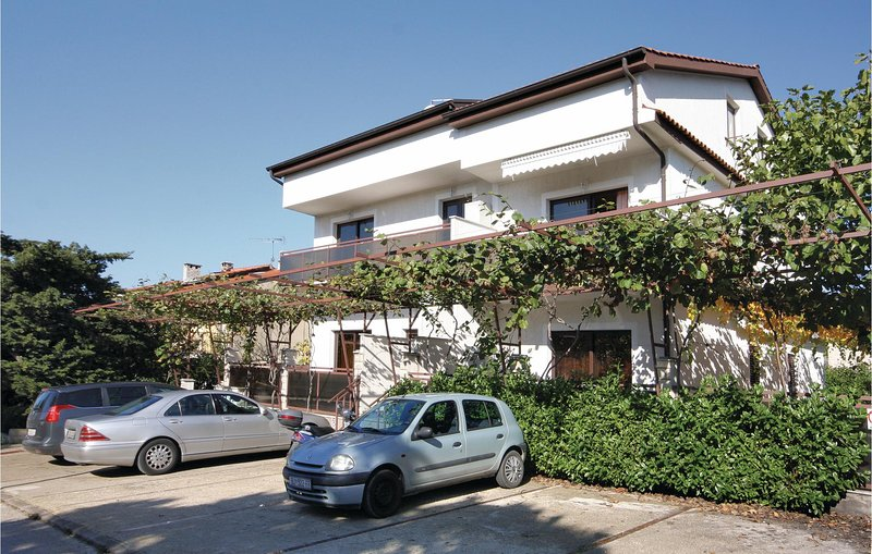 Awesome home in Porec with 2 Bedrooms (CIE776), holiday rental in Mali Maj