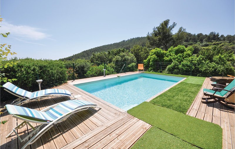 Les Rocailles (FCV313), holiday rental in Sollies-Ville