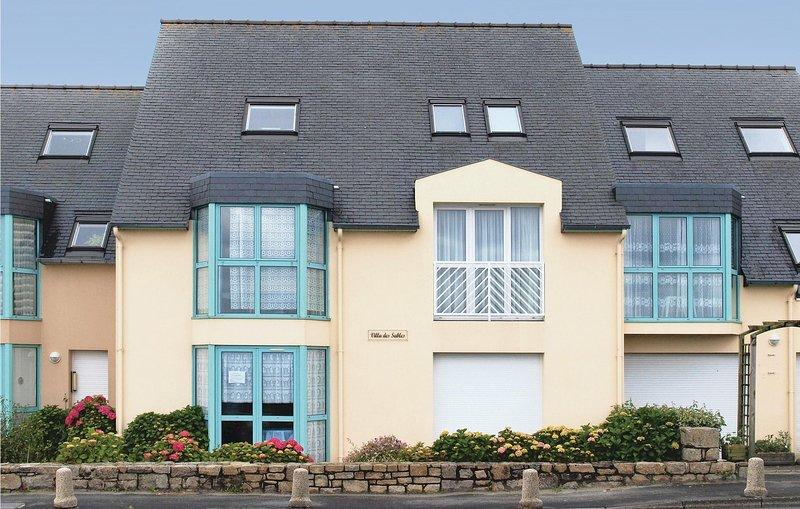 Amazing home in Trévou Treguignec with 0 Bedrooms (FBC490), holiday rental in Trevou-Treguignec
