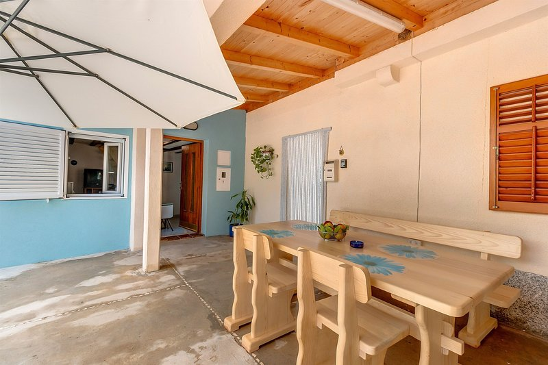Apartments and Room Rukonić, casa vacanza a Nerezine