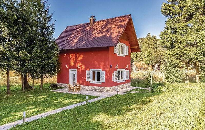 Awesome home in Stara Susica with 0 Bedrooms (CKB175), location de vacances à Donji Vuksici
