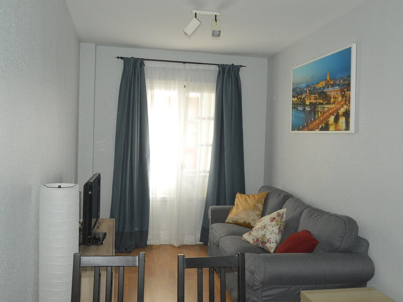 [I01] Cozy apartment in the historical center, holiday rental in Alcala de Guadaira