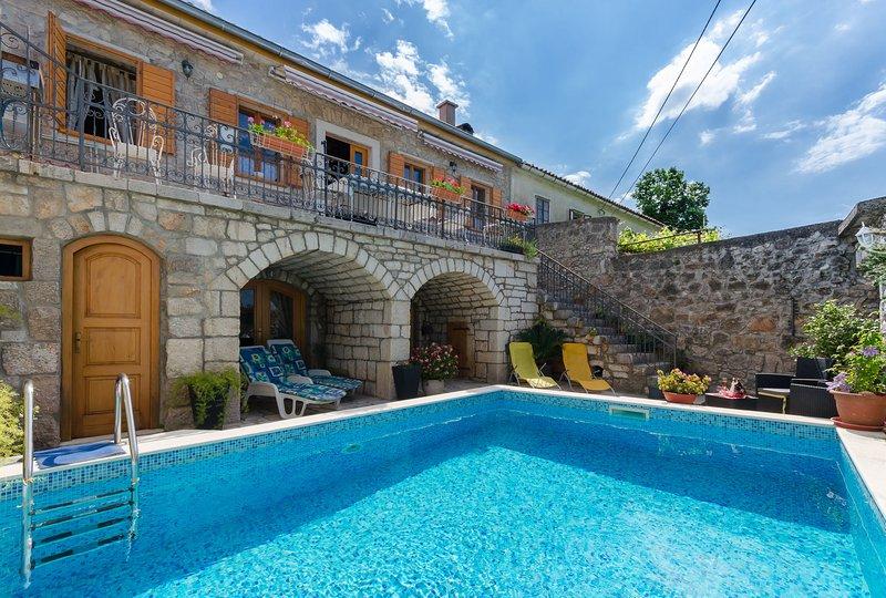 House Villa Ljuba, aluguéis de temporada em Selce