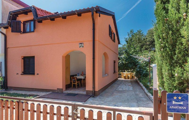 Amazing home in Savicini with WiFi and 1 Bedrooms (CIO099), casa vacanza a Segotici
