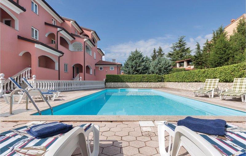 Amazing home in Krnica with WiFi and 0 Bedrooms (CIO150), casa vacanza a Segotici