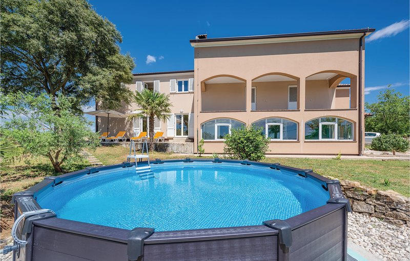 Awesome home in Labin with WiFi and 2 Bedrooms (CIO182), holiday rental in Rasa