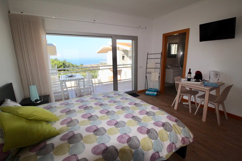 B & B met zeezicht, vacation rental in Nazare
