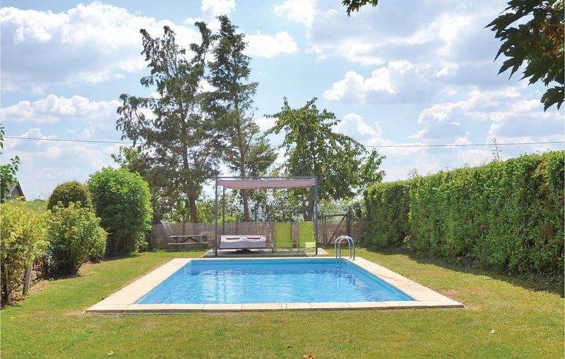 Vineyard Cottage (FVM034), holiday rental in Noyant-la-Plaine