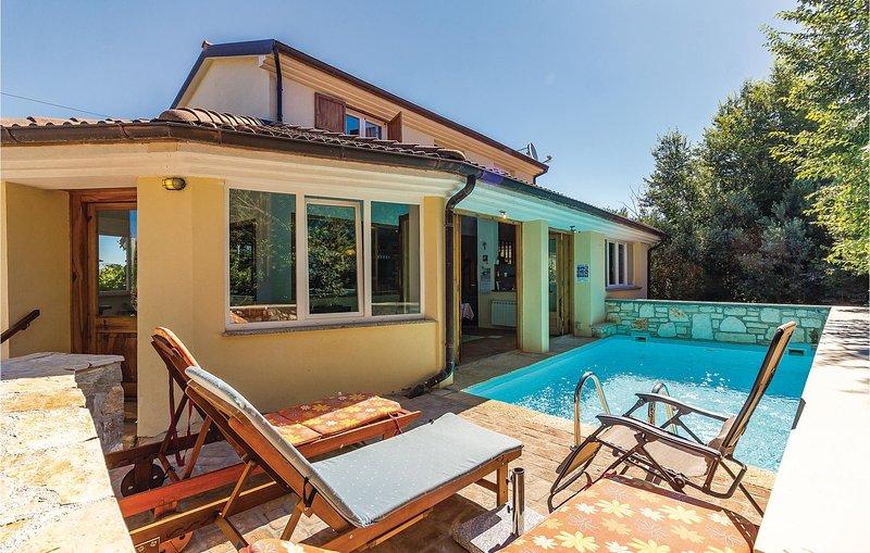Amazing home in Liznjan with Sauna, WiFi and 3 Bedrooms (CIZ198), holiday rental in Skatari
