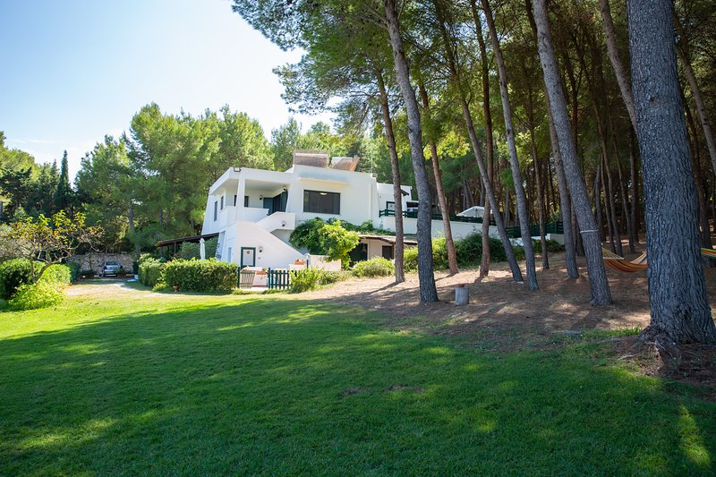RESIDENZA DEL TIMO - APPARTAMENTO N. 4, holiday rental in Baia di Gallipoli