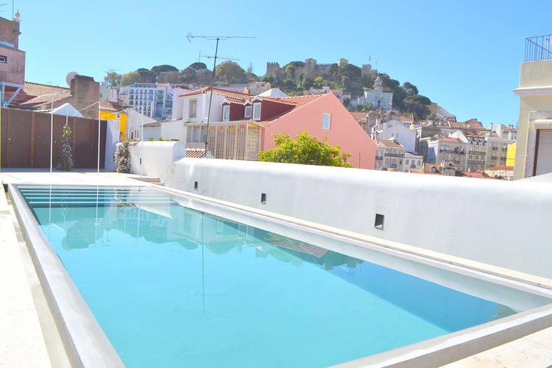 RH AURA 19, Swimming pool & Terrace & Parking place, vacation rental in Barreiro
