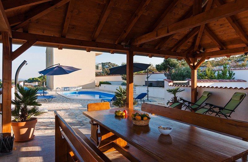Villa Branka, holiday rental in Drage