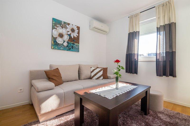 Apartment MATMAR, holiday rental in Kamen