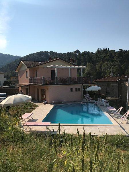 VILLA ESTER, holiday rental in Nocchi