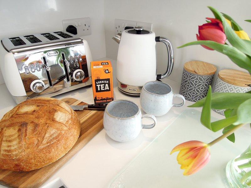 Goed uitgeruste keuken met hoogwaardige apparatuur