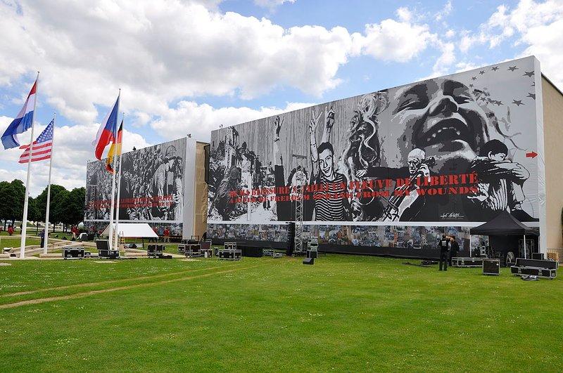Le Mémorial pour la paix de Caen est à 1h de route de Granville