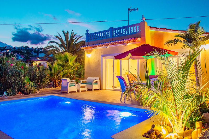 Private Pool with amazing view., holiday rental in Calpe