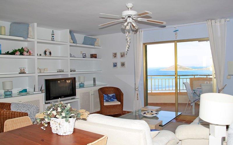 Fabulous apartment in the best location of La Manga, location de vacances à La Manga del Mar Menor