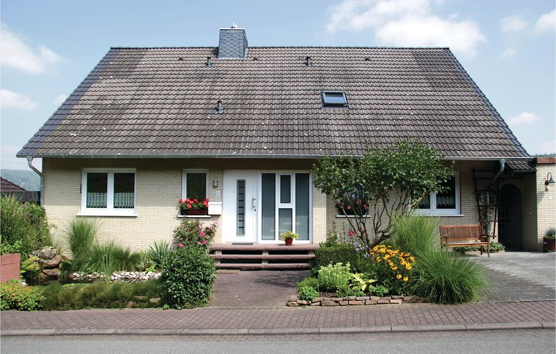 Beautiful home in Oberweser/Gieselwerder with WiFi and 1 Bedrooms (DWE108), location de vacances à Uslar