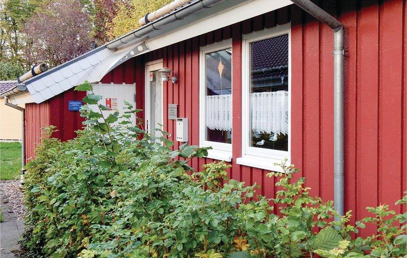 Amazing home in Extertal-Rott with Sauna, WiFi and 3 Bedrooms (DWE102), Ferienwohnung in Bad Eilsen