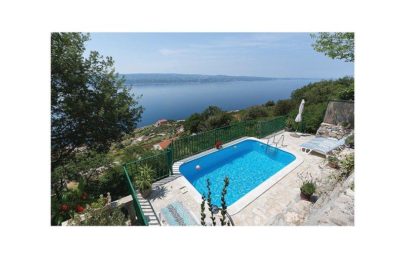 Beautiful home in Celina with 3 Bedrooms (CDE001), location de vacances à Podaspilje