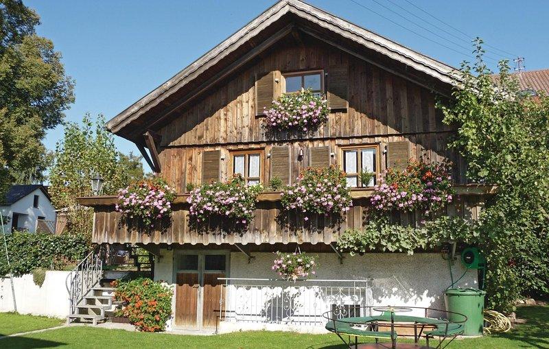 Stunning home in Tännesberg with WiFi and 2 Bedrooms (DBA003), location de vacances à Neustadt an der Waldnaab