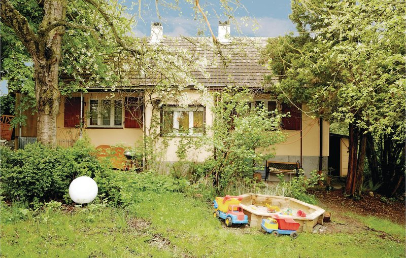 Stunning home in Arzberg with 1 Bedrooms (DBA933), holiday rental in Skalna