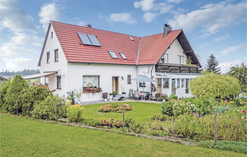 Beautiful home in Thierstein with WiFi and 1 Bedrooms (DBA932), holiday rental in Skalna