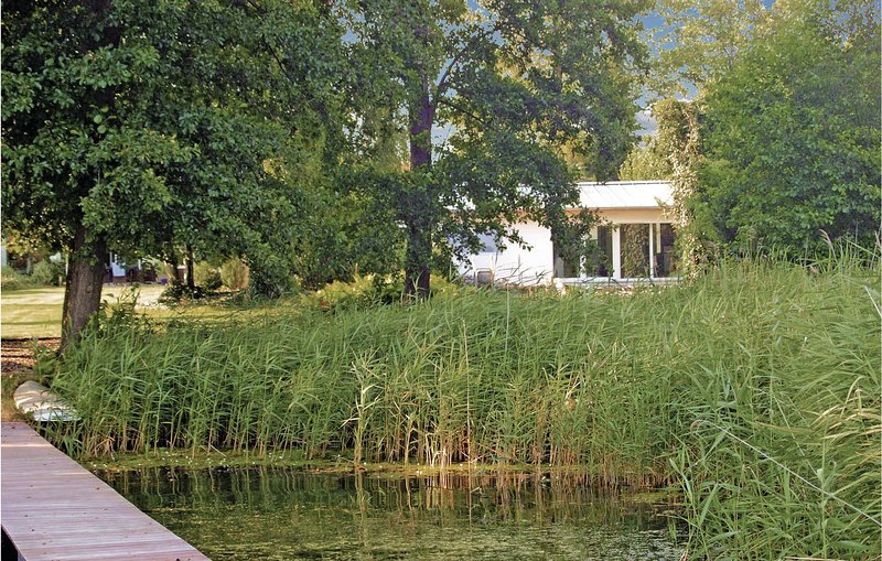 Awesome home in Heidesee OT Wolzig with WiFi and 1 Bedrooms (DBB179), casa vacanza a Spreenhagen