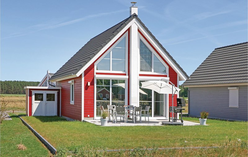 Beautiful home in Zerpenschleuse with 2 Bedrooms (DBB427), aluguéis de temporada em Biesenthal