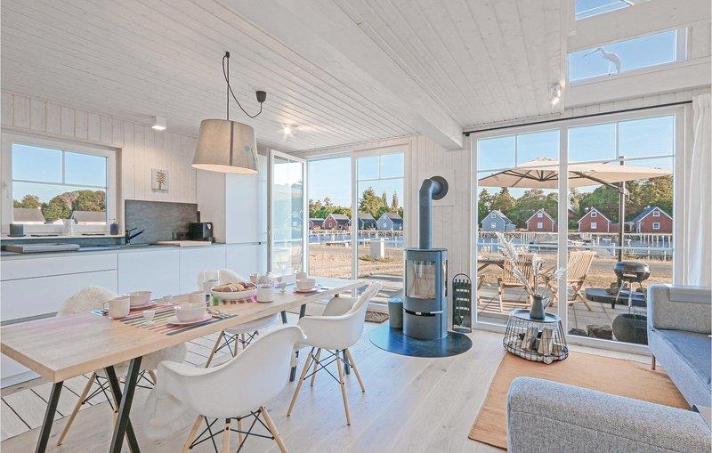 Amazing home in Zerpenschleuse with 2 Bedrooms (DBB432), aluguéis de temporada em Biesenthal