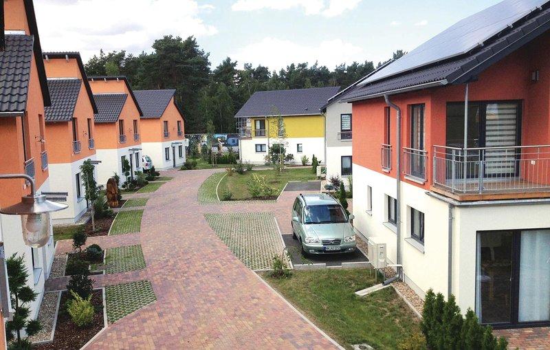 Amazing home in Berlin-Köpenick with Sauna and 2 Bedrooms (DBE411), holiday rental in Hoppegarten