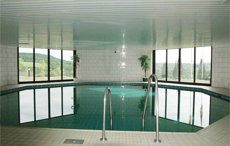 Beautiful home in Gerolstein with 3 Bedrooms (DEI148), location de vacances à Schwirzheim