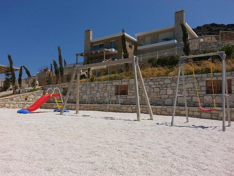 Lygaria Luxury Villa, holiday rental in Ammoudi