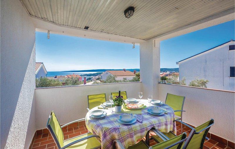 Amazing home in Krk with WiFi and 3 Bedrooms (CKK009), alquiler de vacaciones en Silo
