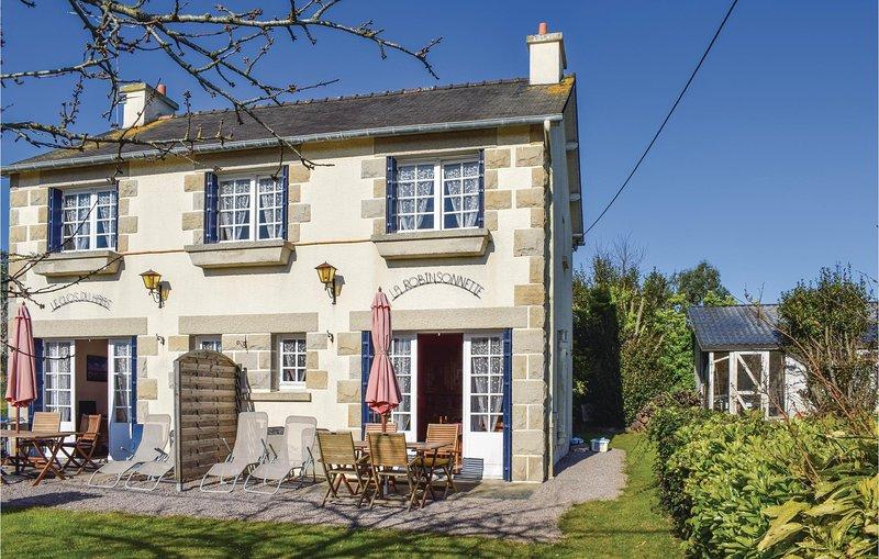 Amazing home in Saint Cast Le Guildo with 2 Bedrooms (FBC633), location de vacances à Saint-Cast le Guildo