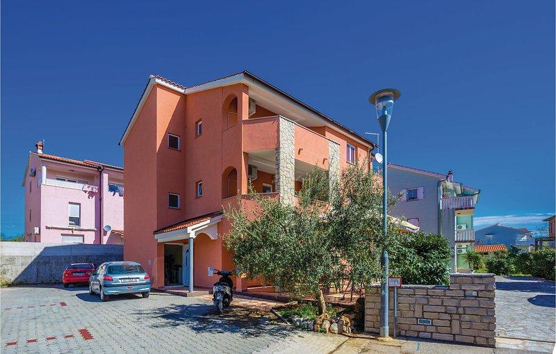 Stunning home in Krk with WiFi and 2 Bedrooms (CKK516), holiday rental in Baska
