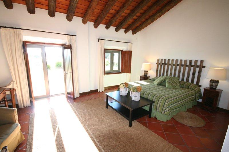 Monte Alto - Suite, vacation rental in Portalegre District