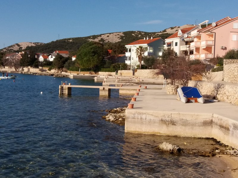 Charming apartment with sea view, Maris A1, holiday rental in Stara Novalja