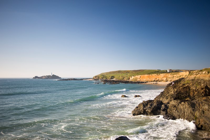 Godrevy House - spacious three bedroomed house in quite seaside village., Ferienwohnung in Connor Downs