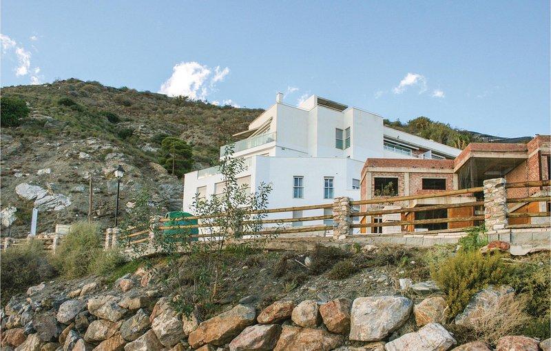 Stunning home in Casarones with 1 Bedrooms (EAT034), vacation rental in Castillo De Banos