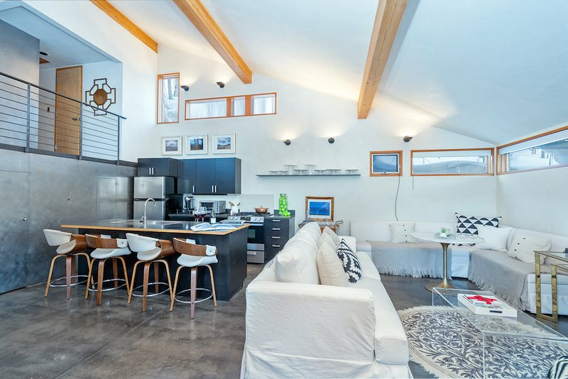 Not your average guest house! Space, light & privacy abound at High Mountain Hideaway.