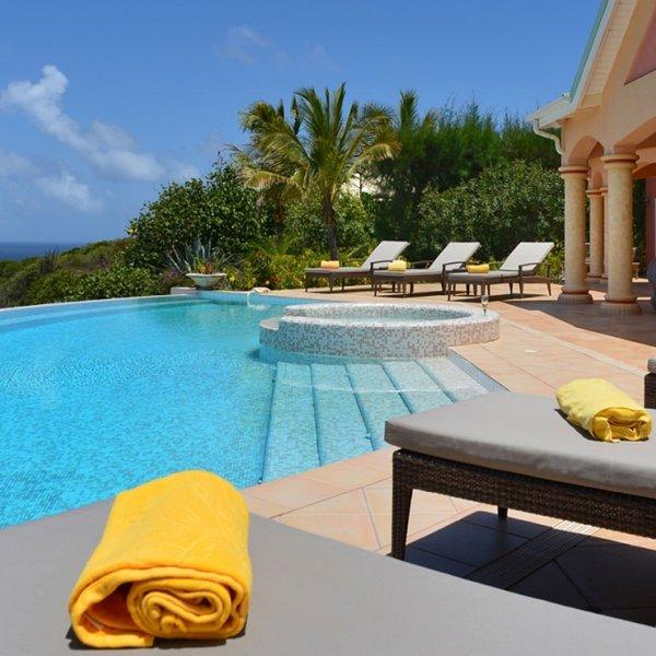 Villa Sea Bird | Ocean View - Located in Exquisite Mont Jean with Private Pool, location de vacances à Marigot