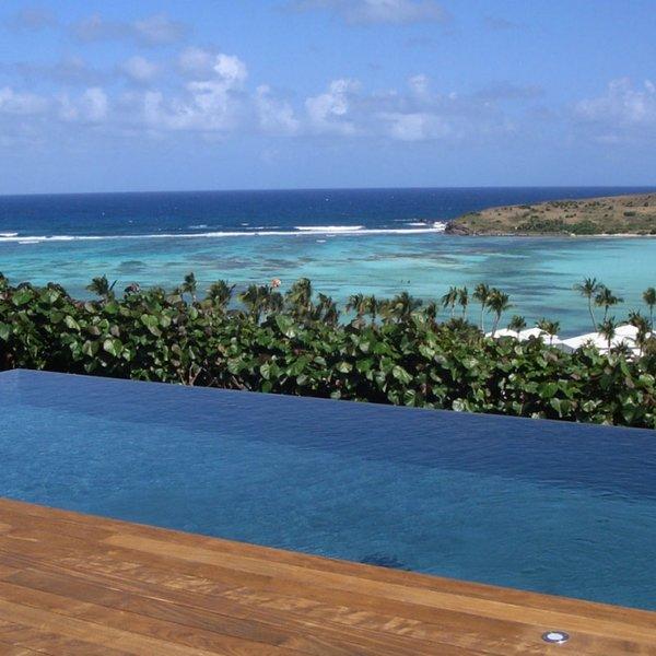 Villa Summer Breeze | Ocean View - Located in Stunning Grand Cul de Sac with P, holiday rental in Marigot