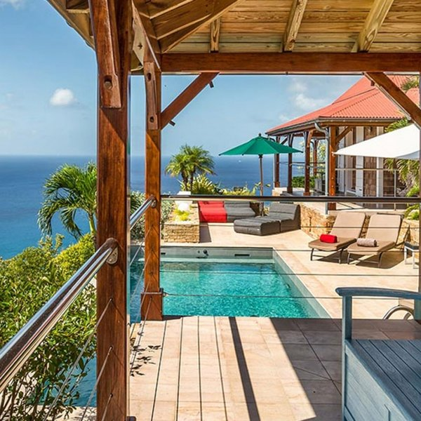 Villa Hurakan | Ocean Front - Located in Exquisite Colombier with Private Pool, location de vacances à Anse des Flamands