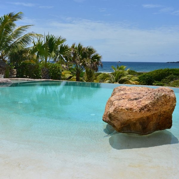 Villa La Roche Dans L'Eau | Ocean View - Located in Exquisite Grand Fond with, holiday rental in Salines
