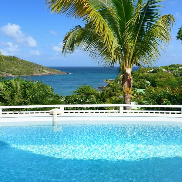 Villa Escapade | Ocean View - Located in Magnificent Marigot with Private Pool, Ferienwohnung in Marigot