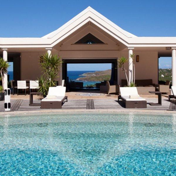 Villa Arrowmarine | Ocean Front - Located in Exquisite Mont Jean with Private, Ferienwohnung in Marigot